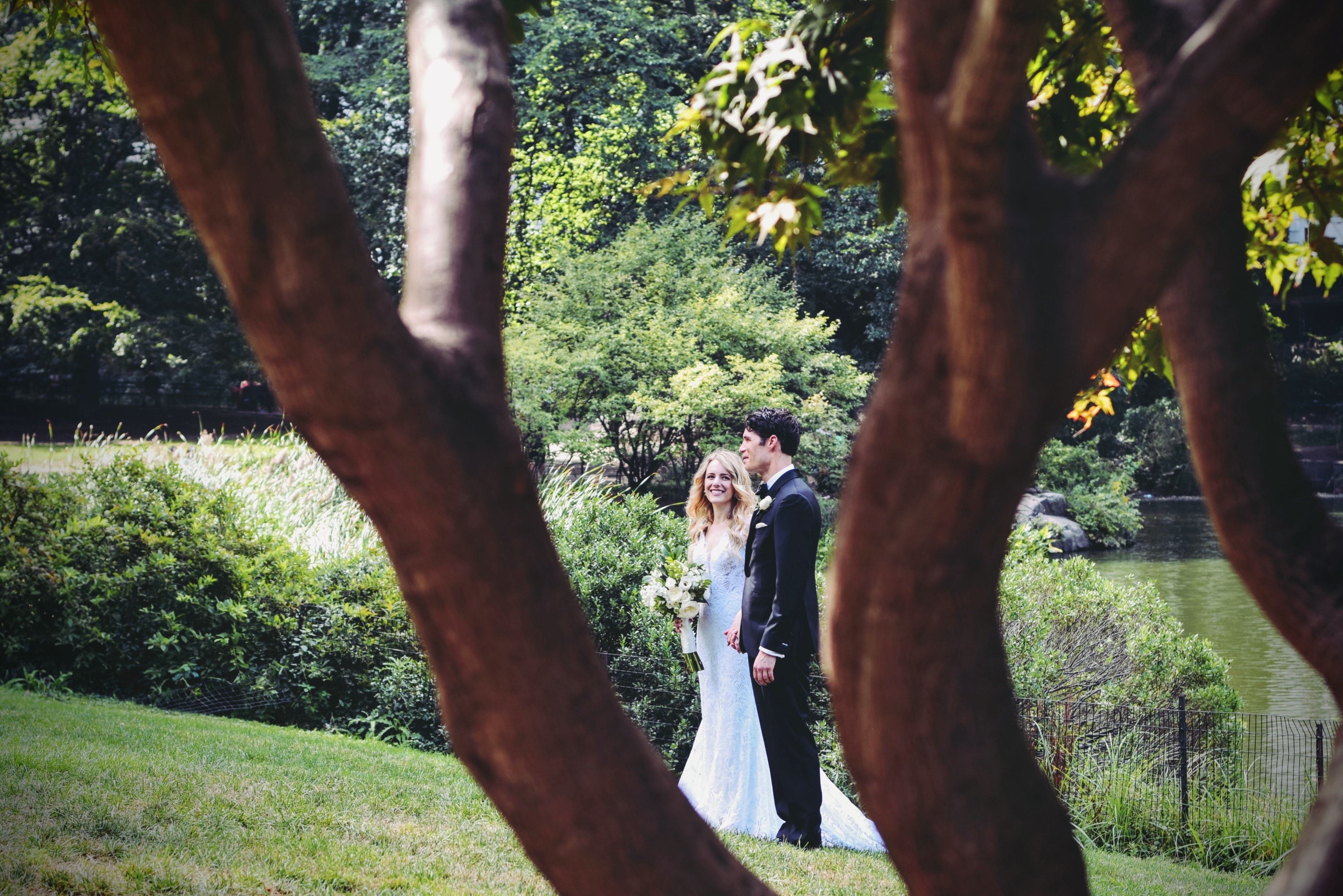 Planning your dream outdoor wedding. Mobile Image